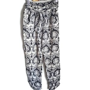 ANGIE   Floral Lace Light weight Jogger palazzo